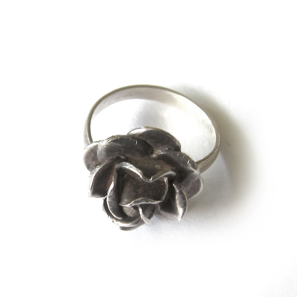 Vintage Collection  Silver Adjustable Flower Ring