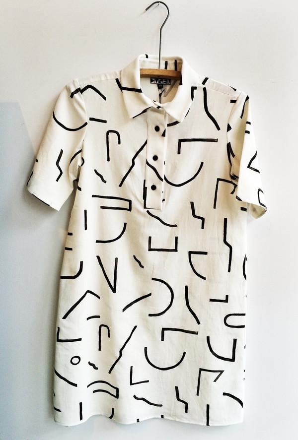 DUSEN DUSEN / SHORT COLLARED DRESS - LINES