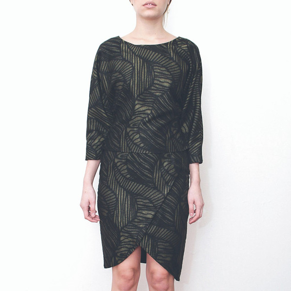 Livlov Leaf Printed Wrap Skirt