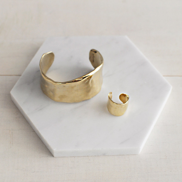 Odette New York LUNATE RING