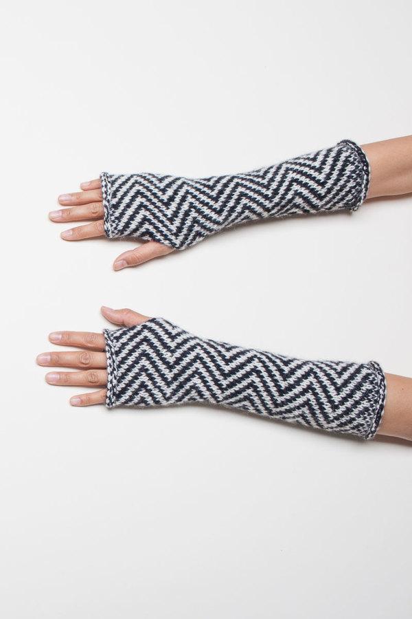 EXCLUSIVE: VOZ Fingerless Gloves