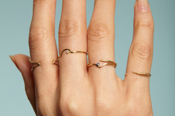 Wwake Gold Triangle Lineage Ring