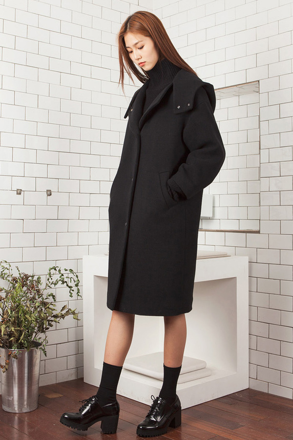 LOOKAST Black Hooded Coat