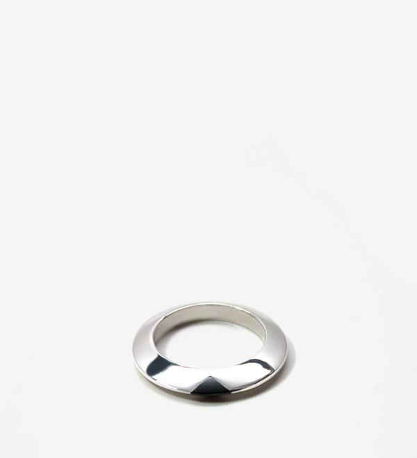 Luz Ortiz Keen Ring