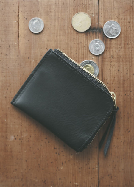 Me & Arrow - Zipper Wallet in Black