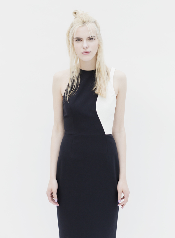 D. Efect Aila Dress