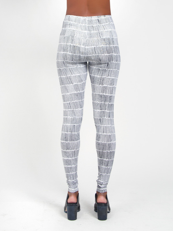 Kowtow Dashes Legging