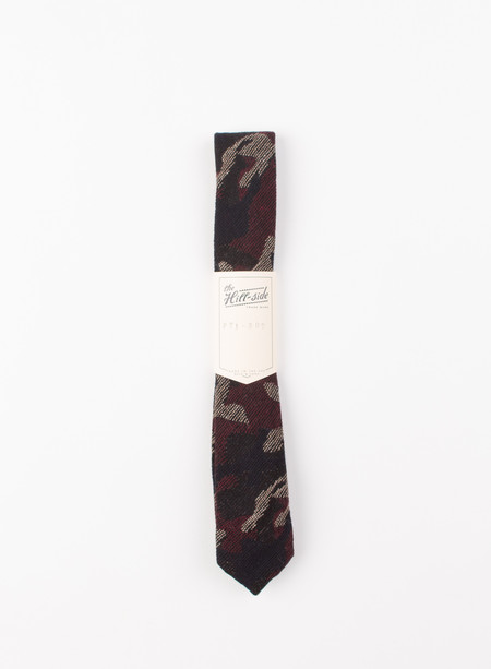 The Hill-Side Pointed Tie Wool Jacquard Camo Red