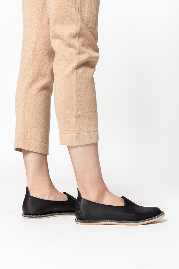 Vayarta Leather Slip On - black