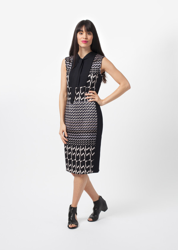 Amelia Toro Fitted Houndstooth Dress