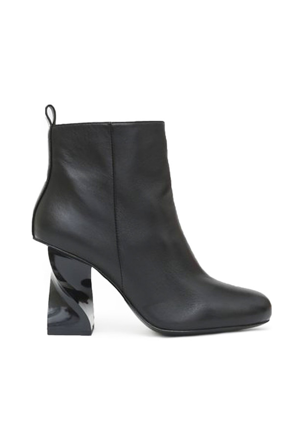 Opening Ceremony Eloyse Twisted Heel Boot I Black