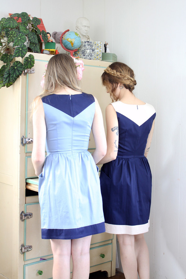 Birds of North America Parula Dress (Light Blue/Navy)