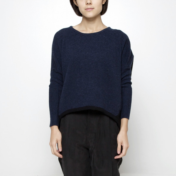 7115 by Szeki Cocoon Sweater FW15 - Navy/Black
