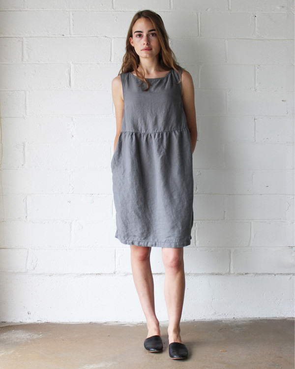 Esby QUINN BABYDOLL DRESS - PEWTER