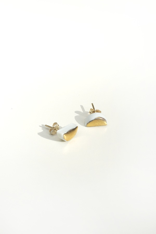 Jujumade 14K gold half moon earring