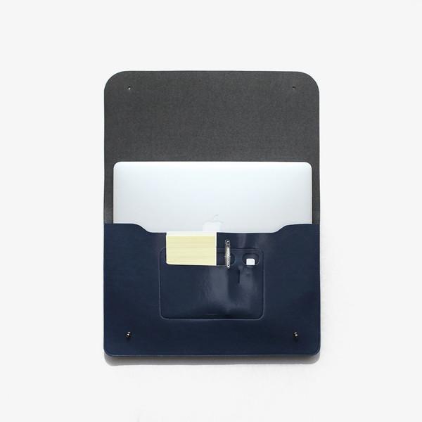 Poketo Minimalist Folio