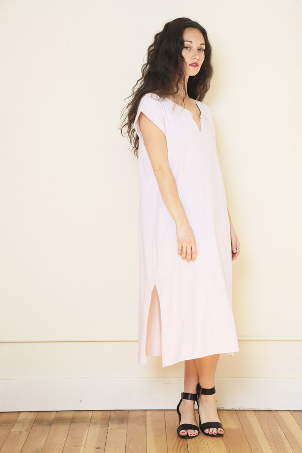 Nytt Cap Sleeve Midi Dress