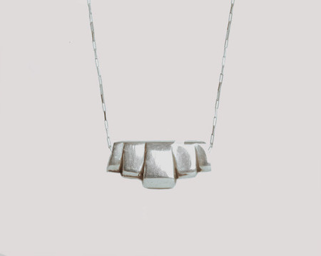 Lacar Deco necklace
