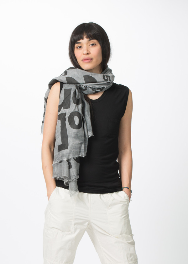 Rundholz BL Large Print Text Scarf