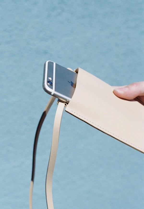 Building Block iPhone Sling - nude