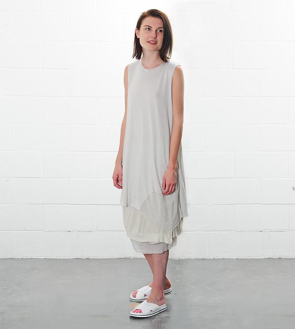 Raquel Allegra Sleeveless Bell Dress