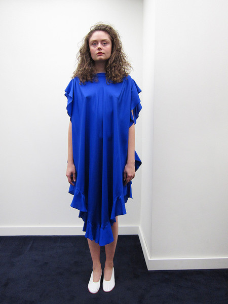 Electric Feathers Convertible Ruffled Kaftan | Royal Blue