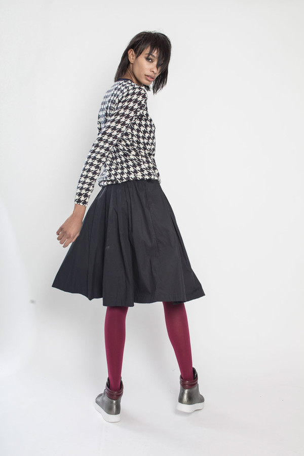 Tigersushi Furs Tanger in Black