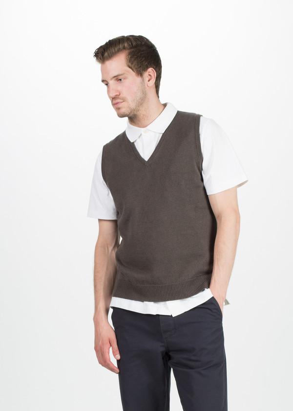 Men's Margaret Howell V-Neck Linen Vest