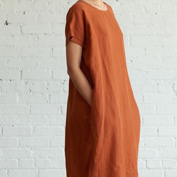 Black Crane Pleated Cocoon Dress Brick