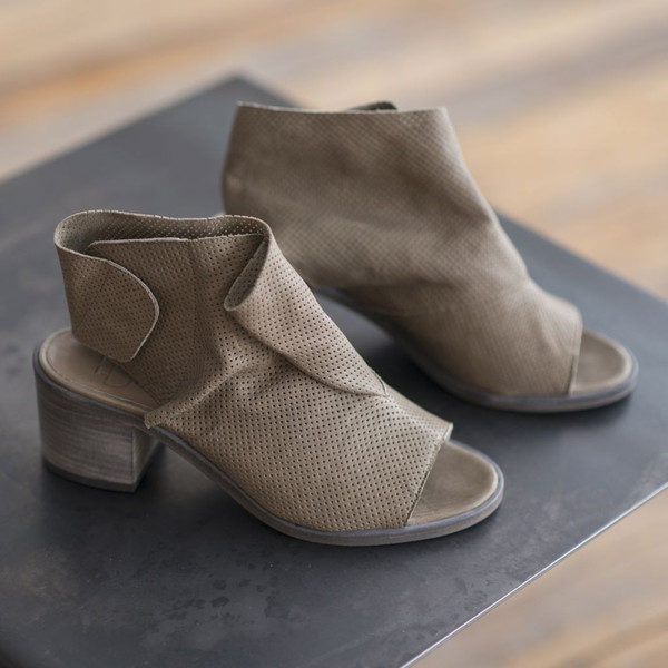 LD Tuttle The Bow Ankle Boot - SOLD OUT