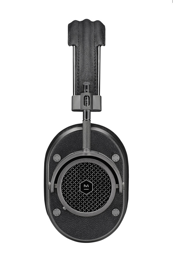 Master & Dynamic MH40 Gunmetal Headphones