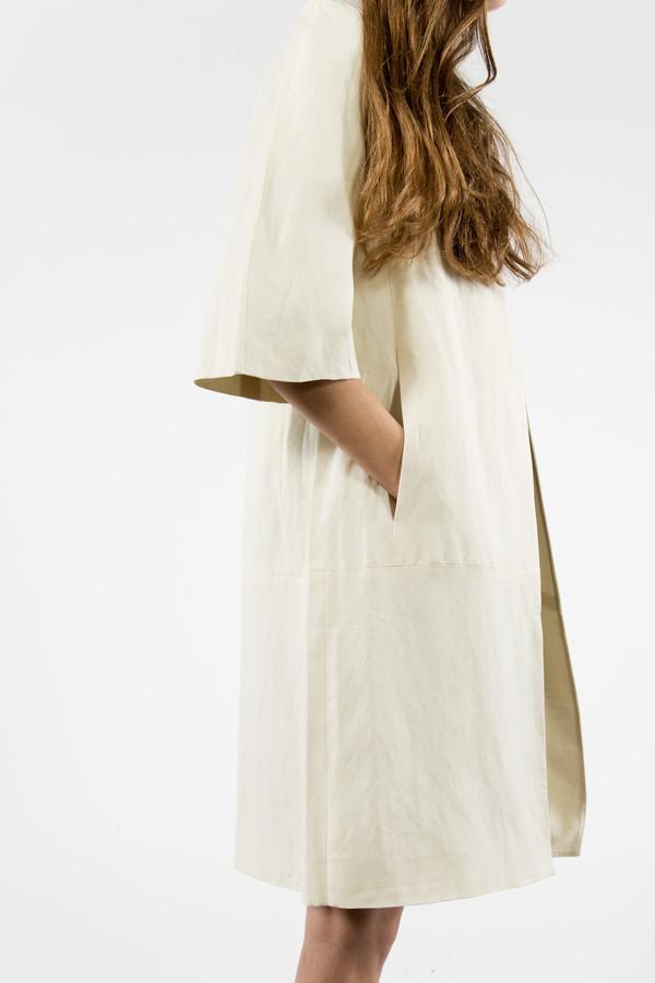 7115 by Szeki Structured Linen Long Coat