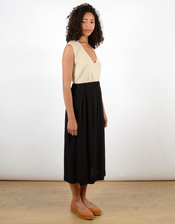 Ali Golden Midi Skirt Black