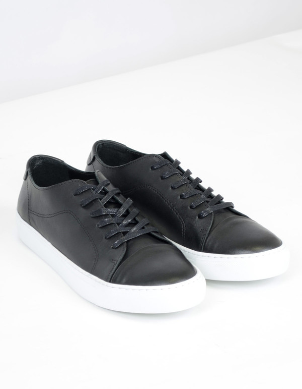 Garment Project Classic Lace Sneaker Black