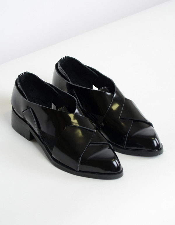 Intentionally Blank Concordia Shoe Black