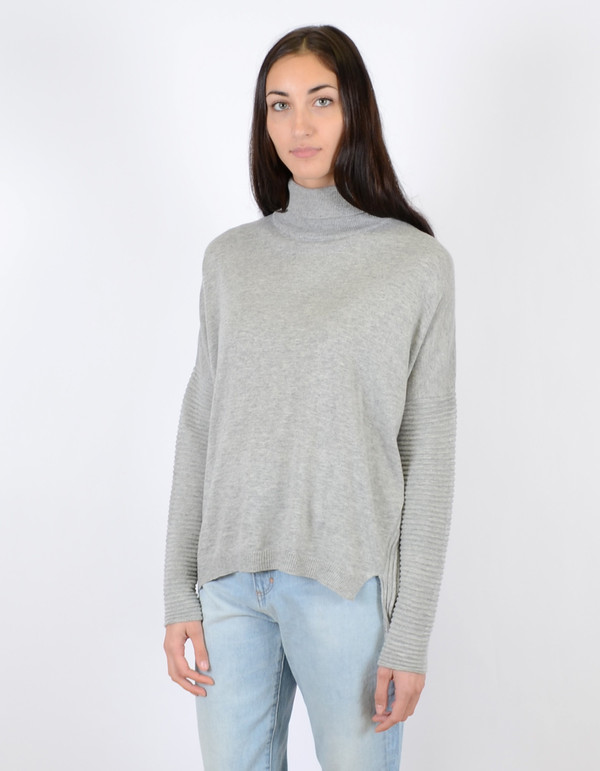 Just Female Carla Short Blouse Grey Melange
