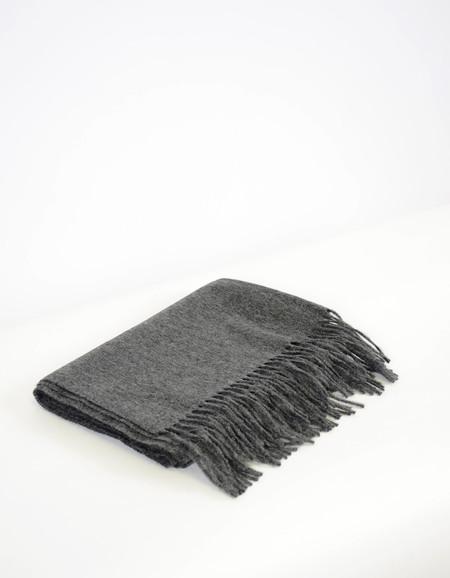 Minimum Gry Wool Scarf Dark Grey