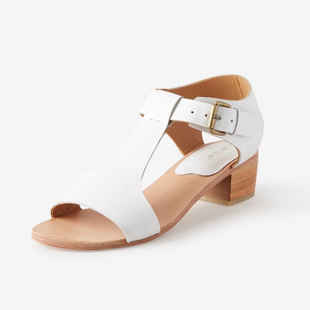 A Détacher Highsmith Sandal in White