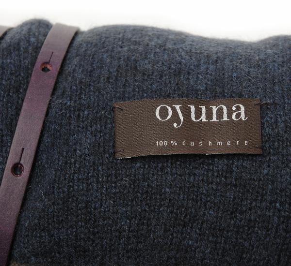 Oyuna Indigo Daya Cashmere Travel Blanket