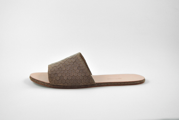 The Palatines Caelum slide sandal - bark hex leather