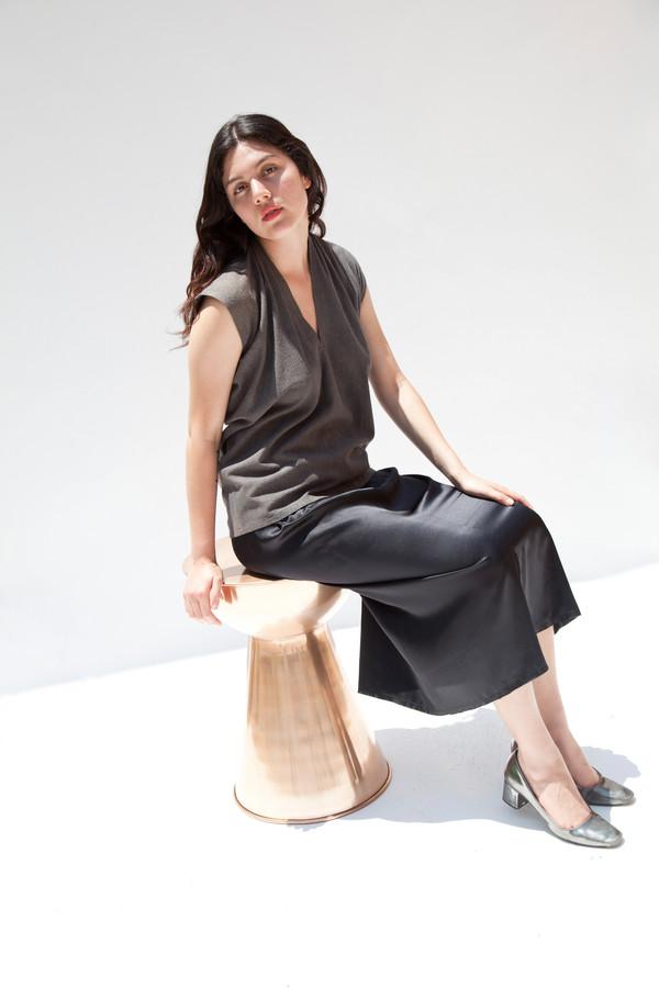 Miranda Bennett Everyday Top, Silk Noil in Coal