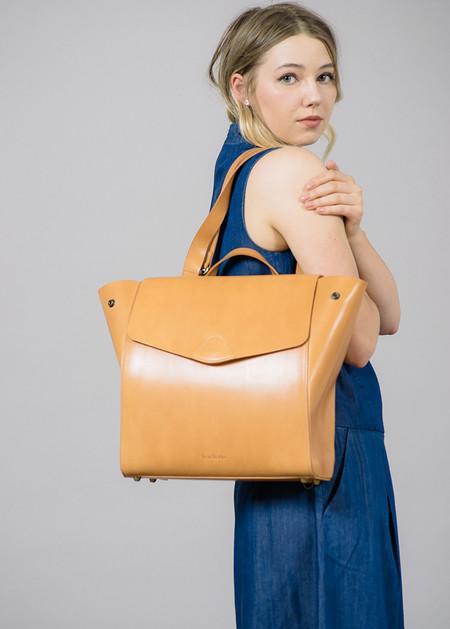 Vere Verto Honey Macta Convertible Backpack