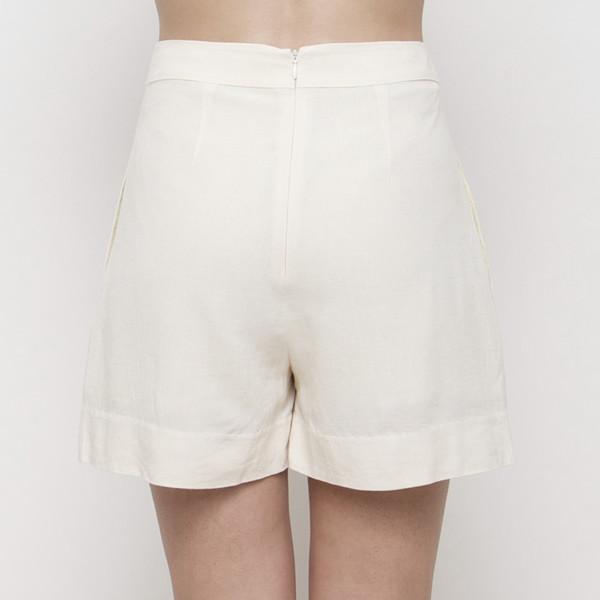 7115 apparel Pleated Shorts SS15 - Cream