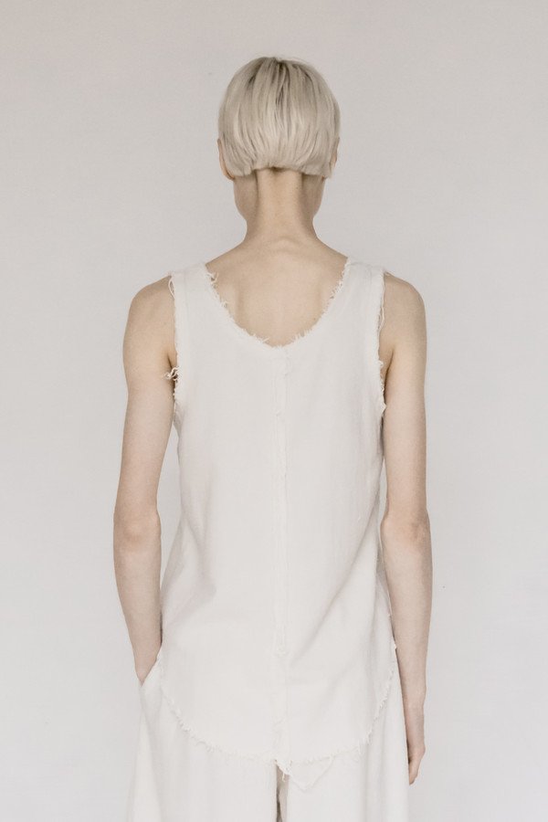 Black Crane Raw Silk Center Seam Tank