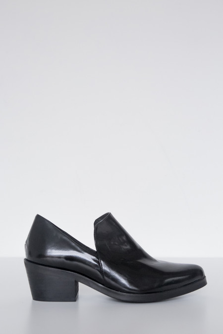 Intentionally Blank Leather Meds Heeled Loafer