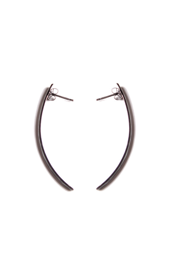Sarah Dunn Oxidized Curved Earrings