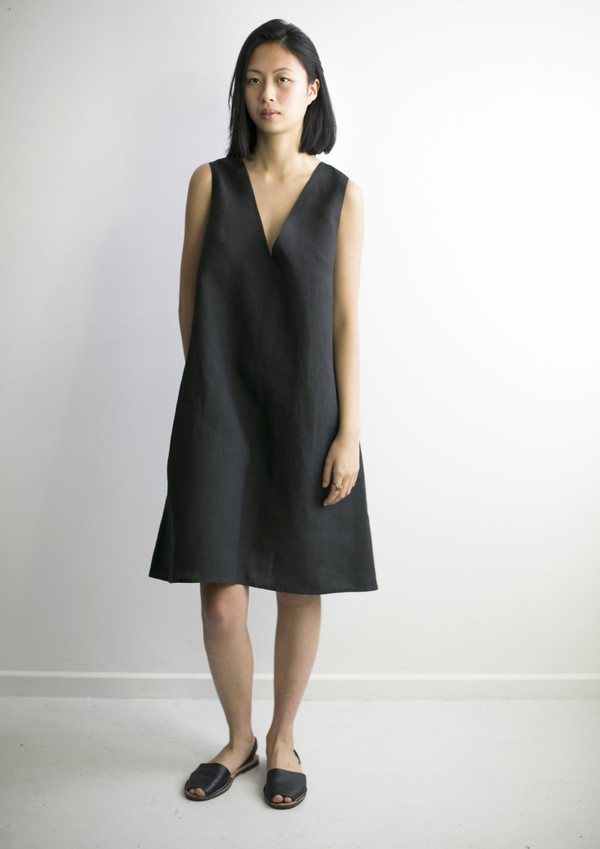 GOOD STUDIOS WOMENS HEMP LINEN V ALINE DRESS