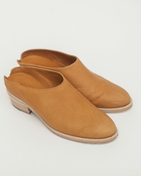 Reality Studio March Clogs