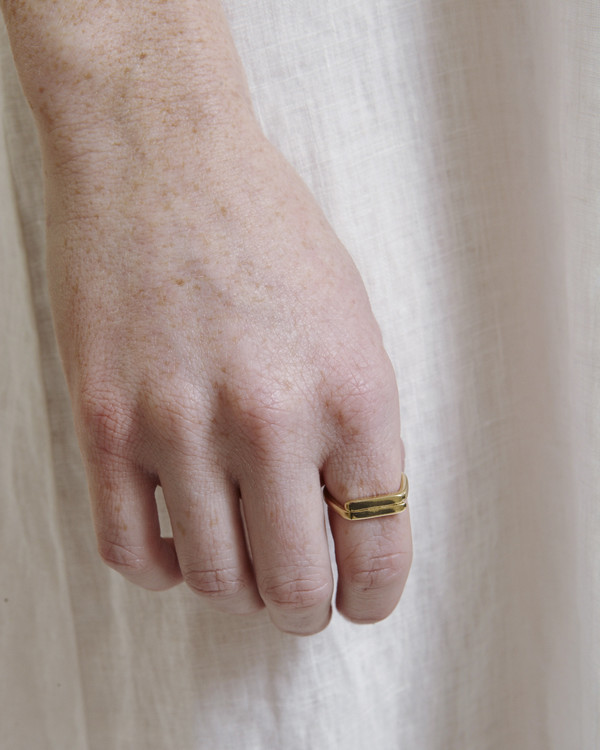 Fay Andrada Rele Ring