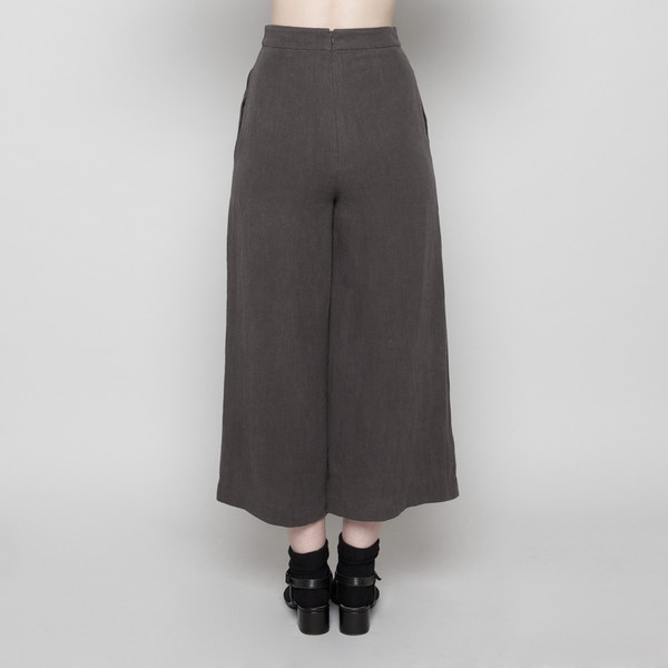 7115 by Szeki Wide-Legged Cropped Trouser-Gray FW16